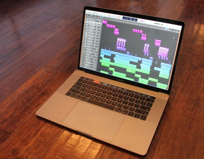 Laptop Apple Macbook Pro 2018 dành cho dân thiết kế